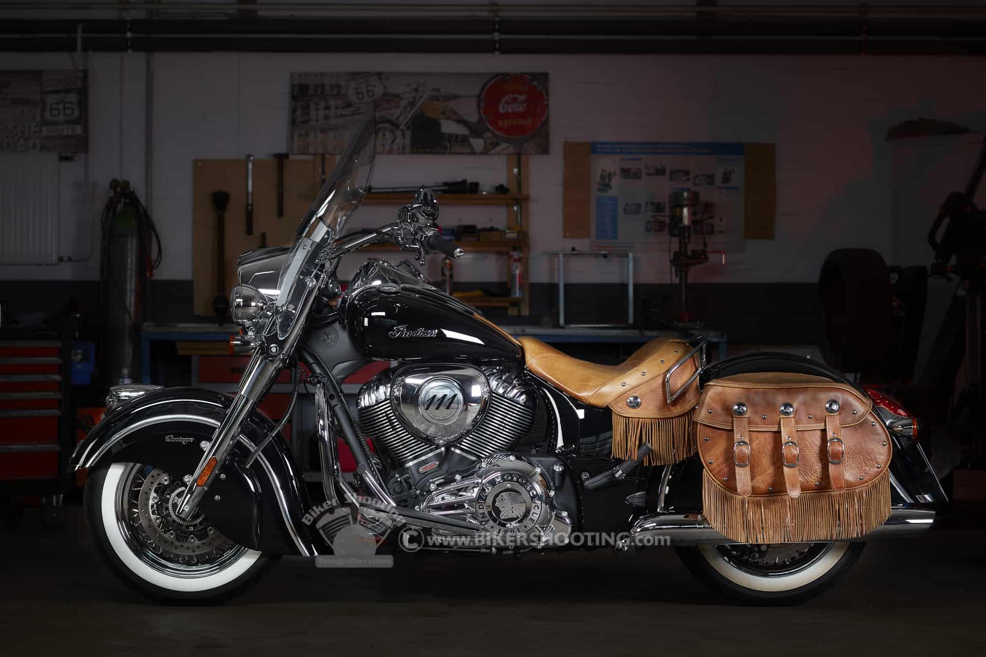 Indian Chief Biker Fotoshooting STUDIO Fotoshooting motorrad shooting, biker fotoshooting, fotoshooting mit motorrad, fotoshooting motorrad, motorrad fotoshooting